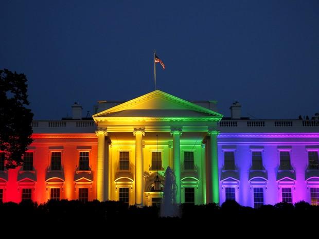 2015-06-27t014747z_1184021977_gf10000140587_rtrmadp_3_usa-court-gaymarriage