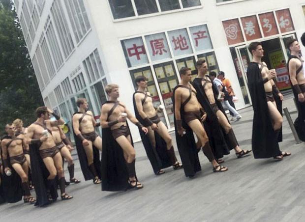 china-spartans-stunt_fran