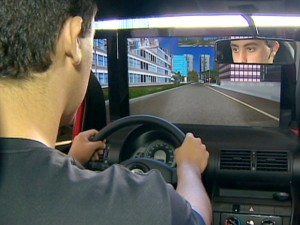 Autoescolas terão até 31 de dezembro para se adaptar. Inicialmente, exigência valerá para quem tirar habilitação para carro, a B.