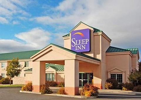 2631759-Sleep-Inn-Bend-Hotel-Exterior-1-DEF