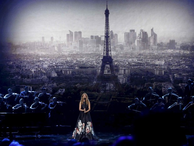 celine-dion-american-music-awards