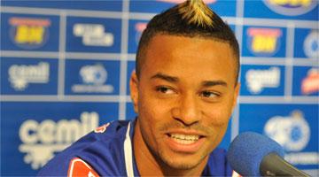 Rafael Silva lembrou dia de carrasco do clube.