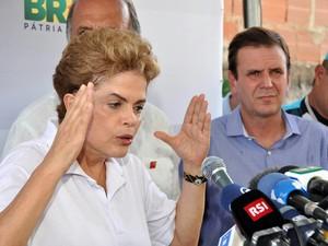 A presidente Dilma, no último sábado (13), após ato contra zika no Rio (Foto: Antônio Luis/ Estadão Conteúdo)