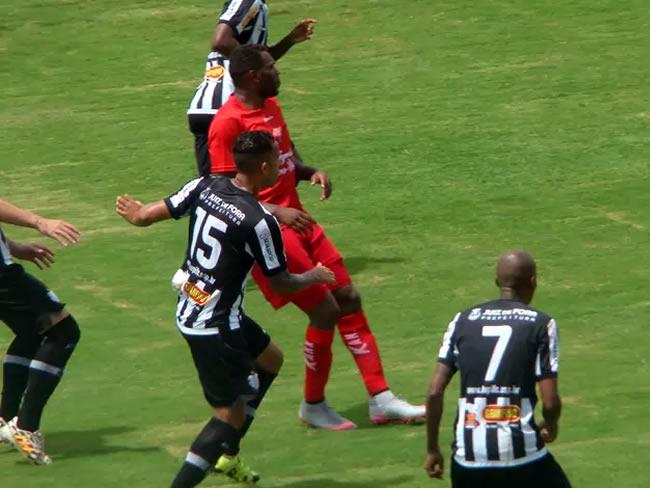 Equipes se enfrentaram na manhã deste domingo (13), no Melão. (Foto: Divulgação / Boa Esporte)