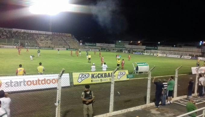 Partida vai ser disputada no estádio Ronaldão, em Poços de Caldas (Foto: Daniela Ayres)
