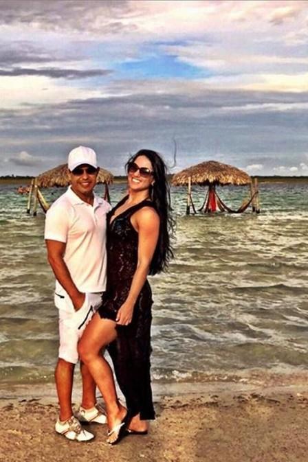 Férias romântica: Zezé Di Camargo e Graciele Lacerda em Jericoacoara.