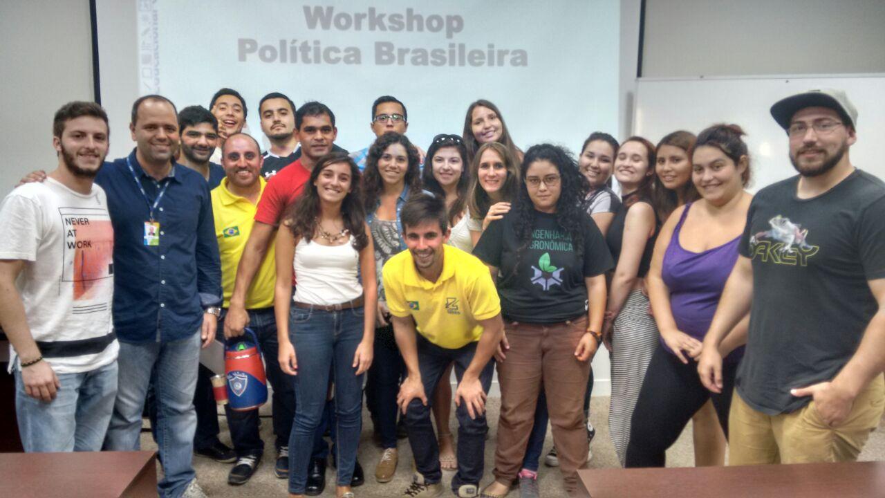 Política Brasileira foi tema do evento que aconteceu na tarde do dia 20 de abril, na Cidade Universitária