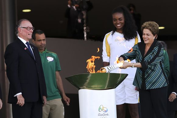 A presidente Dilma Rousseff durante a cerimônia de acendimento da tocha olímpica no Palácio do Planalto.