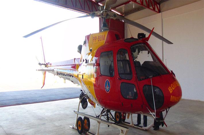 Linha com cerol danificou a pá das hélices do helicóptero. / Foto: Lavras 24 horas.
