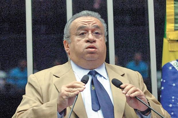 Heráclito Fortes (PSB-PI) teve as contas das últimas eleições reprovadas pelo Tribunal Regional Eleitoral.