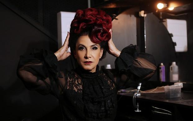 Totia Meireles caracterizada como Madrasta, grande vilã do musical 'Cinderella' (Foto: Iwi Onodera / EGO)