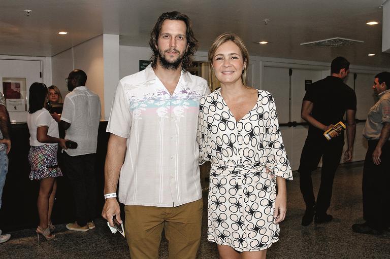 A atriz é casada há 10 anos com o ator Vladimir Brichta, que também participa de Justiça