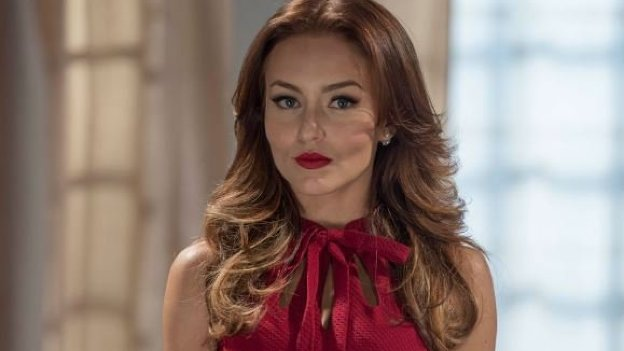 Sucesso mexicano: Angelique Boyer rouba a cena em 'Tres Veces Ana'