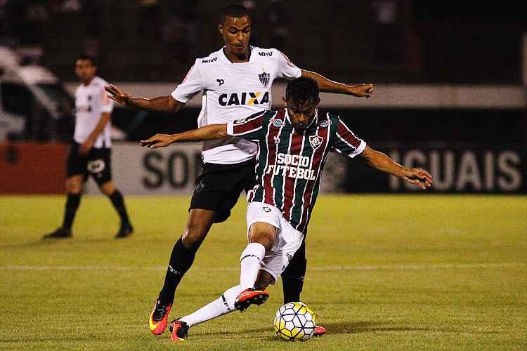 Gustavo Scarpa foi o responsável por anotar o terceiro dos quatro gols marcados pelo Fluminense no 2º tempo