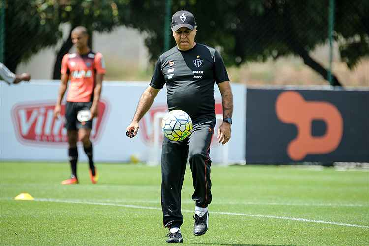 Marcelo Oliveira preparará Atlético para três jogos pela Série A em BH, contra Sport, Cruzeiro e Internacional