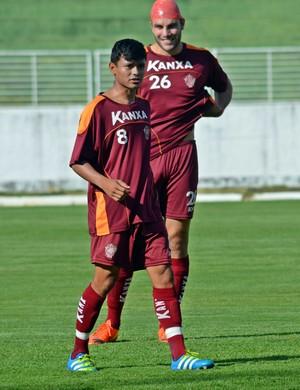 Kaio Cristian foi elogiado após segundo jogo pelo Boa Esporte (Foto: Régis Melo)