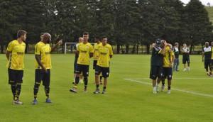 Caldense apresenta elenco e inicia preparação para o Mineiro 2017 (Foto: Lúcia Ribeiro)