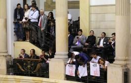 Congresso da Colômbia conclui ratificação do acordo de paz