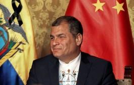 Presidente do Equador pede renúncia de todos seus ministros