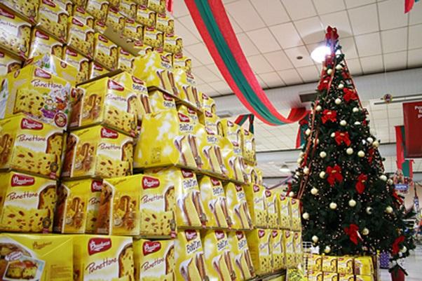 O CSul fez uma pesquisa em três supermercados de Varginha, sobre os preços dos produtos de maior procura para a ceia; castanha, pêssego, uva passa, bacalhau, frango, panetone e  pernil, são alguns produtos que crescem à venda nesta época
