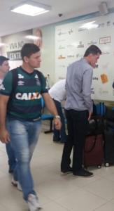 Vágner Mancini desembarcando no aeroporto de Chapecó (Foto: Arquivo Pessoal)