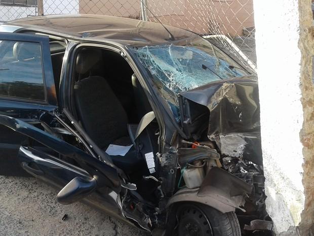Segundo Polícia Militar, suspeita é de que ele possa ter dormido ao volante em Varginha (Foto: Lucas Magalhães/EPTV)