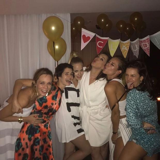 Claudia Raia com amigas famosas (Foto: Reprodução / Instagram)