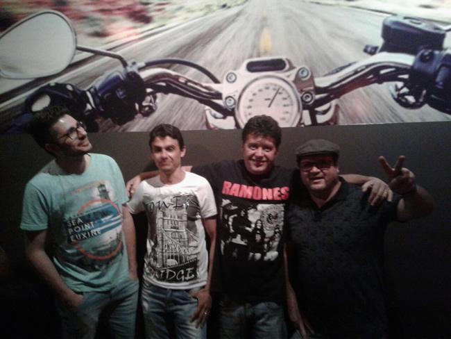Na formação da banda os experientes músicos Alessandro Rato na guitarra e vocal, Ronaldo Sério no teclado e guitarra, Andre Ciacci no baixo e Andre Cazelato na bateria. Foto: Divulgação