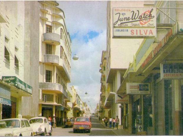 Rua Antônio Carlos, no Centro de Varginha (Foto: Coleção Dr. Paulo Greco/Fundação Cultural de Varginha)