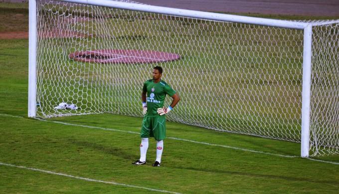 Bruno foi pouco exigido na partida (Foto: Régis Melo)