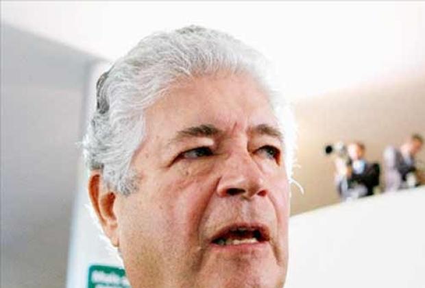 O relator do projeto, senador Roberto Requião (PMDB-PR)