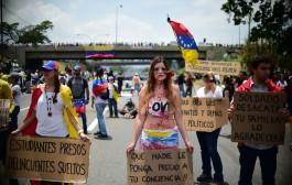 Oposição na Venezuela ocupa avenidas em protesto contra Maduro