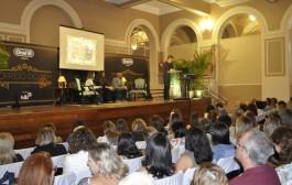 ONG seleciona jovens de baixa renda para tratamento dentário gratuito