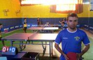 """Perda da mãe motiva tenista de mesa por vaga na seleção brasileira: """"Em nome dela"""""""