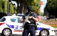Autor de atentado frustrado em Paris jurou lealdade ao Estado Islâmico, diz agência