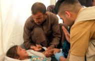 Dois morrem e centenas passam mal após refeição em campo de refugiados no Iraque