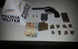 Adolescente em Varginha é preso traficando e portando arma de fogo