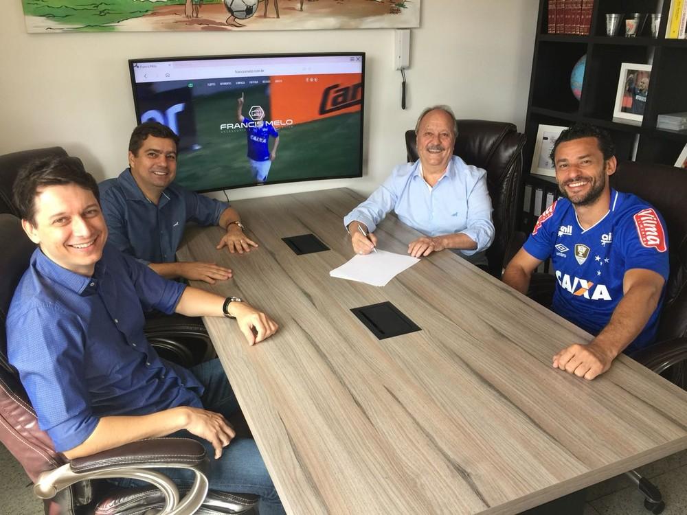 Cruzeiro acerta contratação do atacante Fred e encaminha compra de ... 6274fe6ad5276