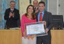 Câmara de varginha entrega título de cidadã honorária à secretária municipal de educação