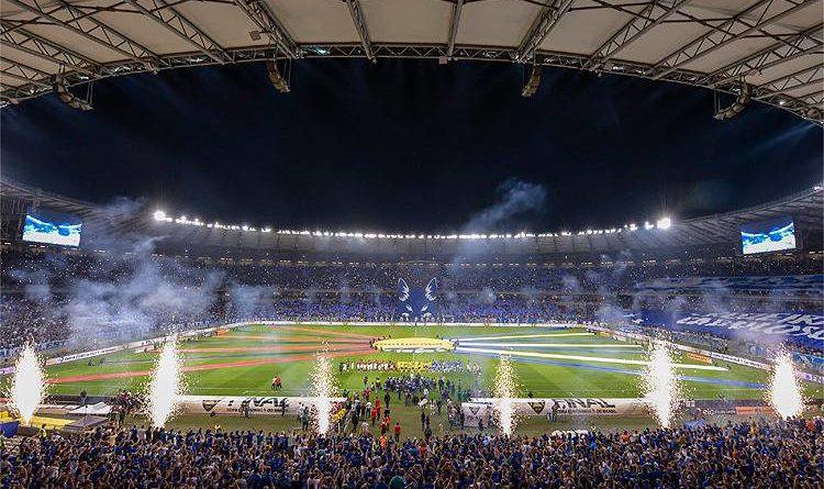 Espetaculo Azul Jogos Do Cruzeiro No Estadual Ultrapassam A Marca De 150 Mil Presentes No Mineirao Jornal Correio Do Sul