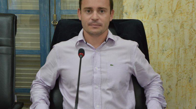 Vereador Dudu Ottoni pede construção de creche na região do Parque Mariela