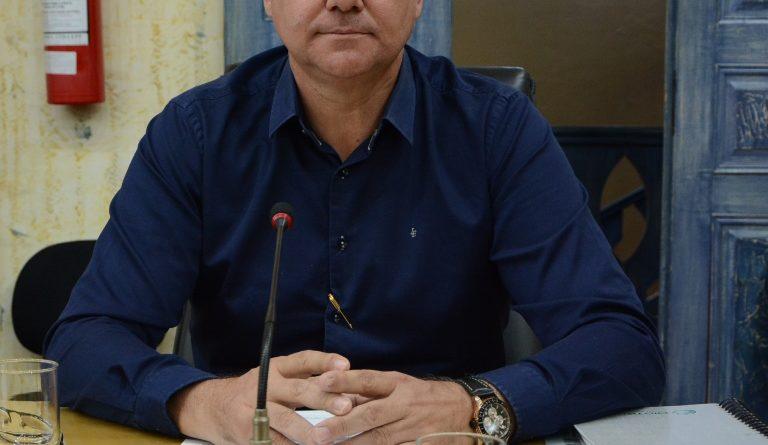 Vereador Cláudio Abreu orienta consumidores para casos abusivos de aumento de preços