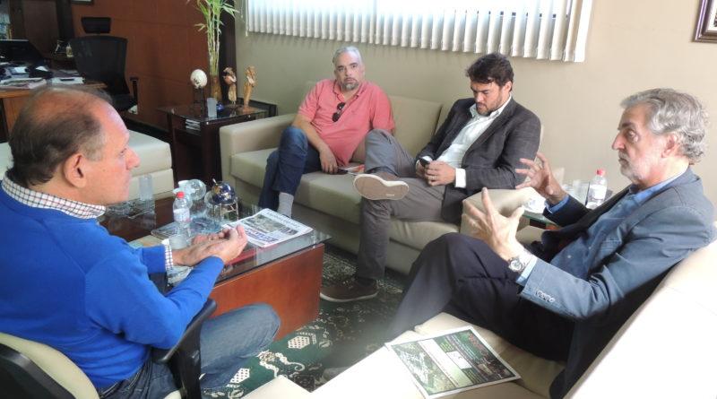 Pré-candidatos ao Governo e Senado de Minas visitam redação do CSul