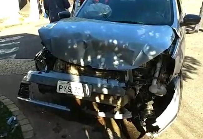 Acidente no Boa Vista deixa duas pessoas feridas