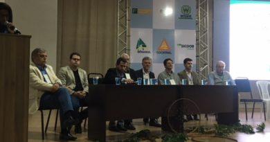 Vice-prefeito Vérdi Melo participa do Simpósio do Diagnóstico da Cafeicultura do Sul de Minas