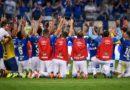 Fábio brilha, defende três penalidades e coloca Cruzeiro na semifinal da Copa do Brasil
