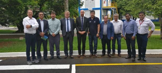 FIEMG Regional Sul recebe representantes do governo holandês