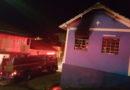 Incêndio destrói casa em Pedralva