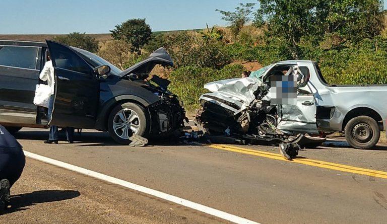 Colisão de carros entre Alfenas e Machado deixa vítima fatal
