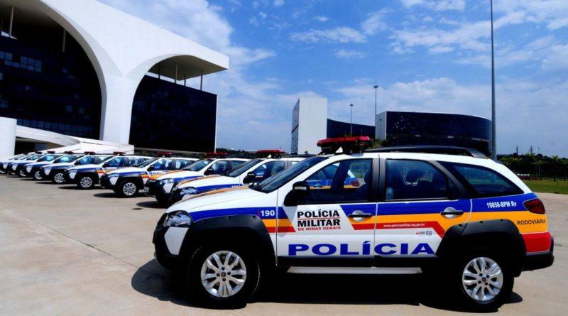 Populares de Bandeira do Sul repudiam policiais militares por suposta agressão contra portador de Síndrome de Down